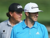Dustin Johnson a Phil Mickelson