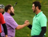 Andrew Johnston a Jon Rahm