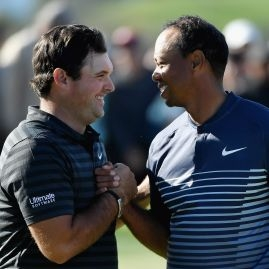 Tiger Woods a Patrick Reed